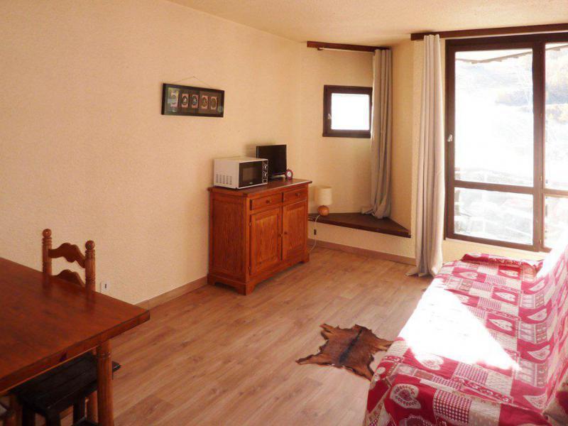 Location au ski Studio 2 personnes (331) - Résidence le Boussolenc - Les Orres - Canapé