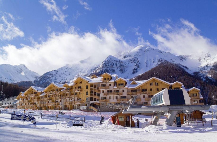 Location au ski Résidence le Parc des Airelles - Les Orres - Extérieur hiver