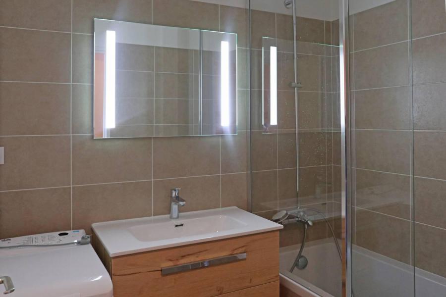 Location au ski Appartement 2 pièces 6 personnes (336) - Résidence le Silhourais - Les Orres - Baignoire
