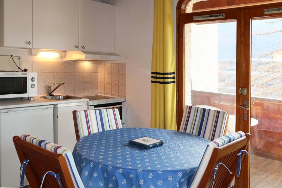 Location au ski Studio 4 personnes (320) - Résidence le Silhourais - Les Orres - Table