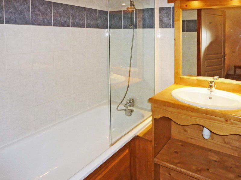 Location au ski Appartement 2 pièces coin montagne 6 personnes (811) - Résidence les Eglantines - Les Orres - Baignoire