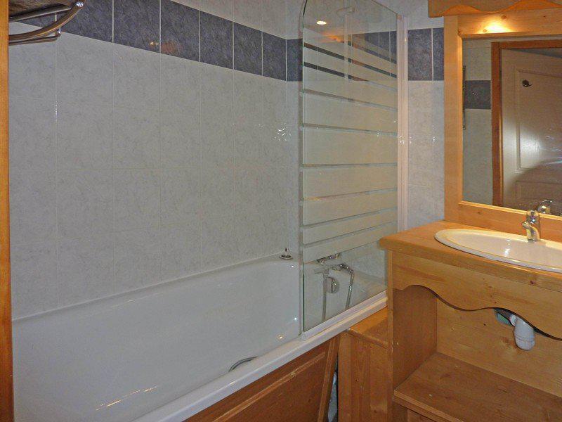 Location au ski Appartement duplex 3 pièces 8 personnes (498) - Résidence les Erines - Mélèzes d'Or - Les Orres - Baignoire
