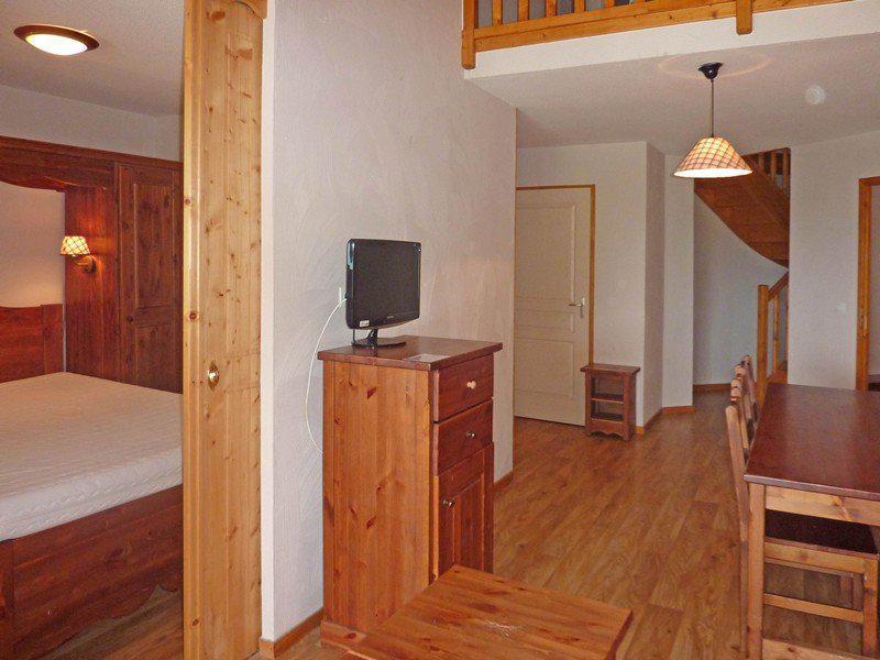Location au ski Appartement duplex 3 pièces 8 personnes (498) - Résidence les Erines - Mélèzes d'Or - Les Orres - Tv
