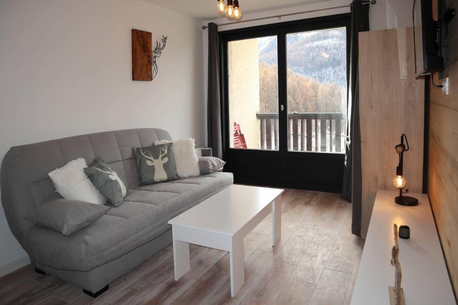 Location au ski Studio 2 personnes (144) - Résidence les Orrianes des Neiges - Les Orres - Canapé-lit