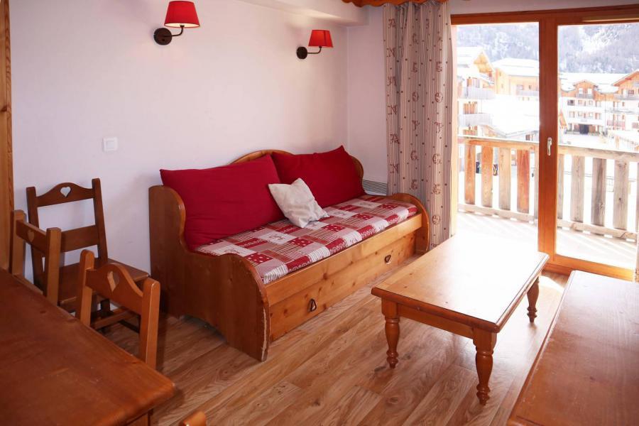 Location au ski Appartement 2 pièces coin montagne 6 personnes (480) - Résidence les Valérianes - Monts du Bois d'Or - Les Orres - Coin repas