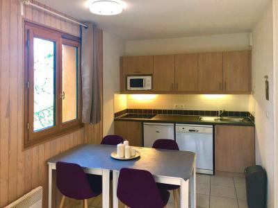 Rent in ski resort 2 room apartment 4 people (500) - Résidence Balcon des Airelles - Les Orres - Open-plan kitchen