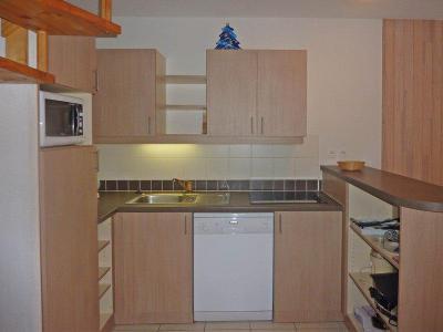 Rent in ski resort 3 room duplex apartment 8 people (494) - Résidence Balcon des Airelles - Les Orres - Kitchenette