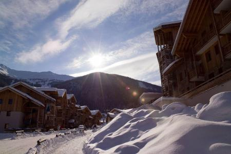 Location au ski Résidence le Balcon des Airelles - Les Orres - Extérieur hiver