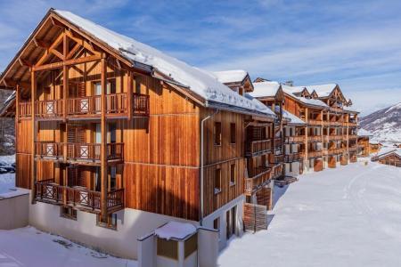 Holiday in mountain resort Résidence les Balcons de Bois Méan - Les Orres - Winter outside