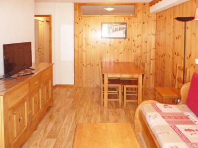 Rent in ski resort 2 room apartment 6 people (810) - Résidence les Eglantines - Les Orres - Living room