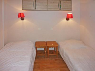 Rent in ski resort 2 room apartment 6 people (810) - Résidence les Eglantines - Les Orres - Single bed