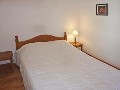 Rent in ski resort 2 room apartment 6 people (813) - Résidence les Eglantines - Les Orres - Bedroom
