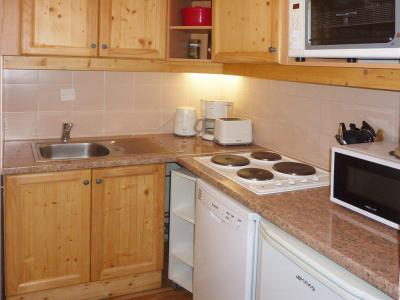 Rent in ski resort 2 room apartment sleeping corner 6 people (814) - Résidence les Eglantines - Les Orres - Kitchen