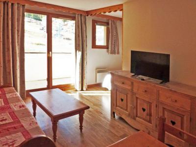 Rent in ski resort 2 room apartment 6 people (810) - Résidence les Eglantines - Les Orres