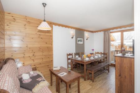 Rent in ski resort Résidence les Hauts de Préclaux - Les Orres - Living room