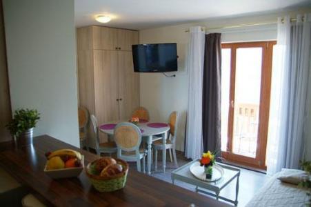 Location au ski Appartement 3 pièces 6 personnes - Residence Sunelia Les Logis D'orres - Les Orres - Porte-fenêtre donnant sur balcon