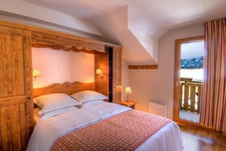 Rent in ski resort Residences La Foret D'or - Les Orres - Bedroom
