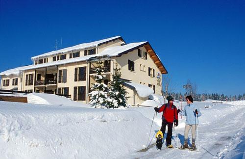 Location au ski Residence Les Clarines - Les Rousses - Extérieur hiver