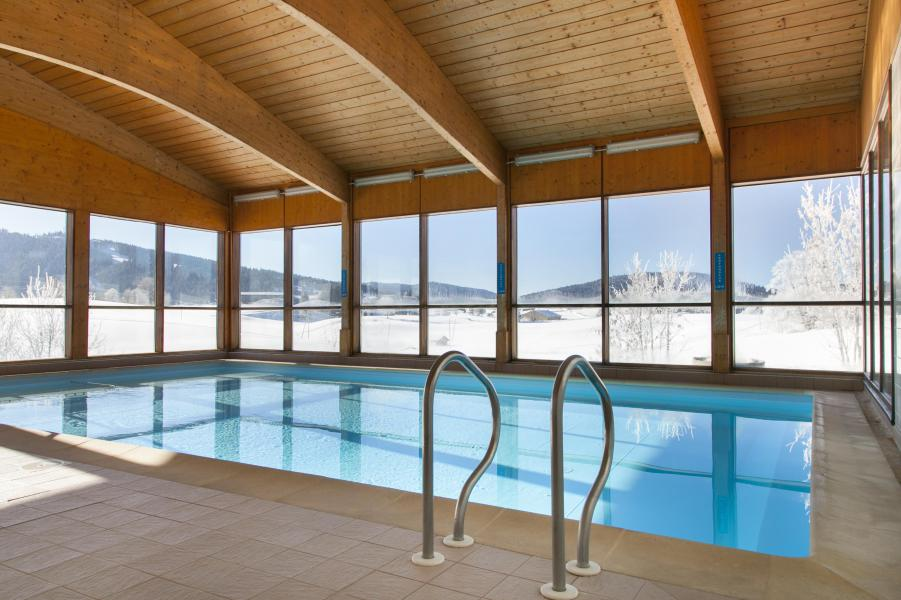 Location au ski Résidence les Clarines - Les Rousses - Piscine