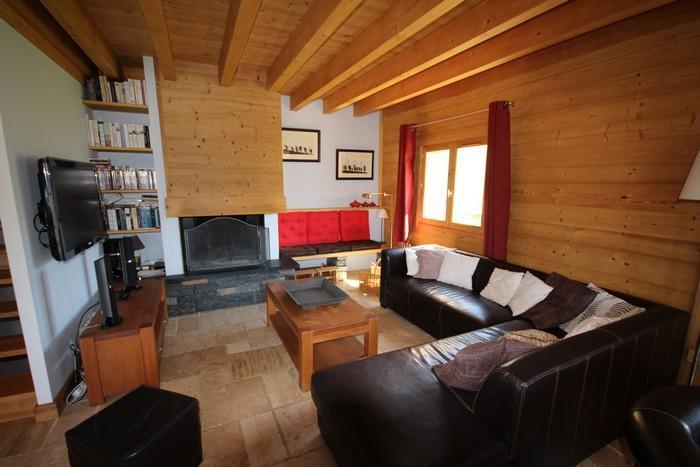 Location au ski Chalet Pierres du Chozal - Les Saisies - Canapé