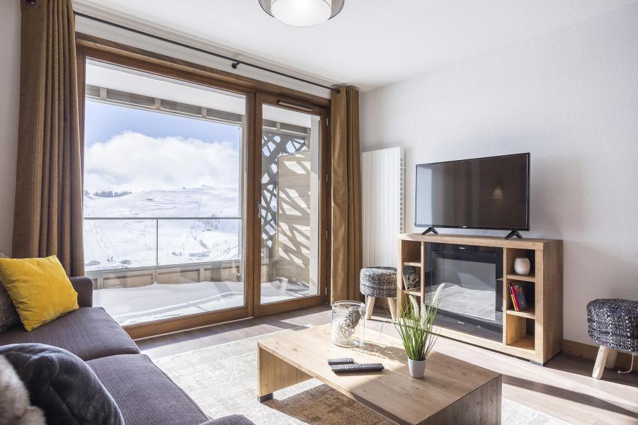 Rent in ski resort Résidence Club MMV Les Chalets des Cîmes - Les Saisies - Living room