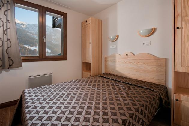 Location au ski Residence Lagrange Les Chalets Du Mont Blanc - Les Saisies - Lit double