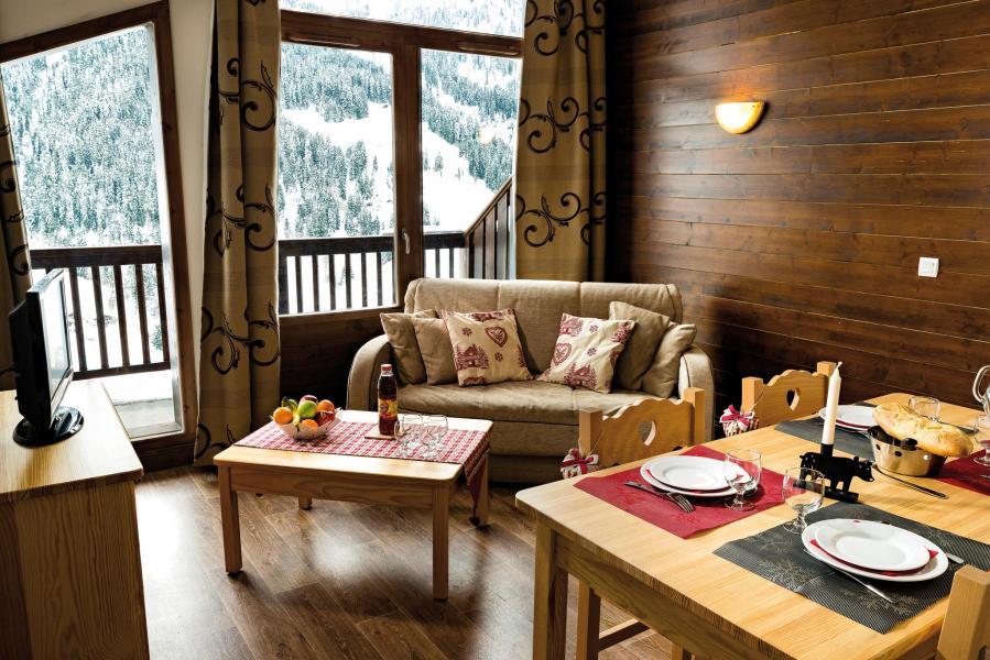 Rent in ski resort Résidence Lagrange les Chalets du Mont Blanc - Les Saisies - Living room