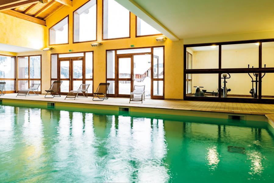Location au ski Residence Lagrange Les Chalets Du Mont Blanc - Les Saisies - Piscine