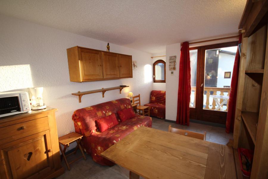 Location au ski Studio 3 personnes (019) - Résidence le Tavaillon - Les Saisies - Appartement