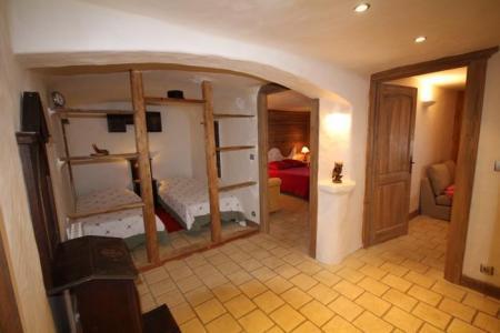 Rent in ski resort Chalet Artiste - Les Saisies - Sleeping area