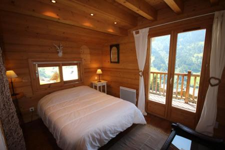 Rent in ski resort 7 room triplex chalet 14 people (CHACHO) - Chalet Pierres du Chozal - Les Saisies - Bedroom