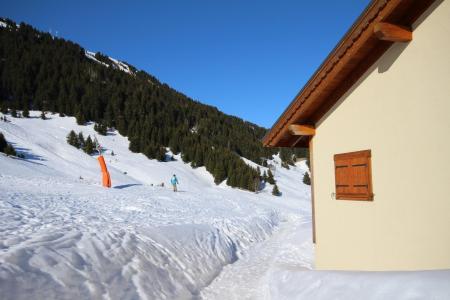 Rent in ski resort Les Fermes du Beaufortain J - Les Saisies - Winter outside