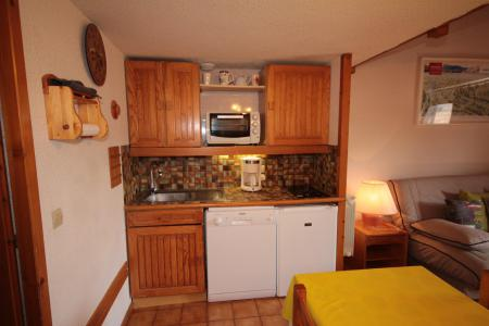 Rent in ski resort Studio mezzanine 5 people (011) - Résidence Arvire - Les Saisies