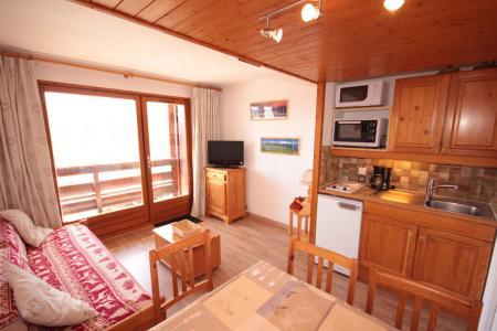 Rent in ski resort Studio sleeping corner 4 people (2216) - Résidence Grand Mont 2 - Les Saisies