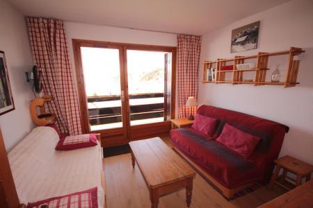 Rent in ski resort Studio sleeping corner 4 people (2208) - Résidence Grand Mont 2 - Les Saisies