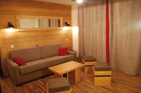 Location au ski Résidence Lagrange les Chalets d'Emeraude - Les Saisies - Canapé