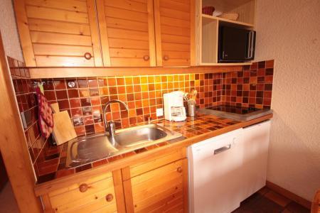 Rent in ski resort Studio cabin 4 people (006) - Résidence le Bouquetin - Les Saisies - Kitchenette