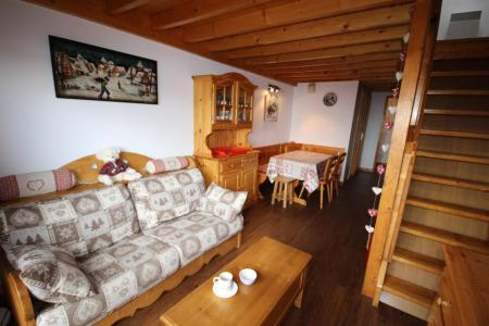Rent in ski resort 3 room mezzanine apartment 8 people (020) - Résidence le Byblos - Les Saisies - Bench seat