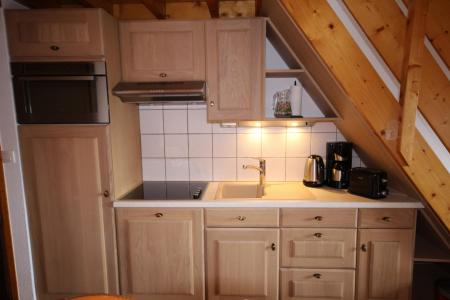 Rent in ski resort 3 room mezzanine apartment 8 people (020) - Résidence le Byblos - Les Saisies - Kitchenette