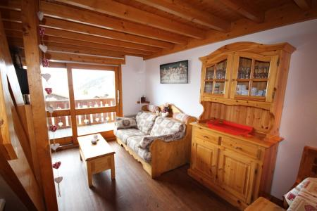 Rent in ski resort 3 room mezzanine apartment 8 people (020) - Résidence le Byblos - Les Saisies - Living room