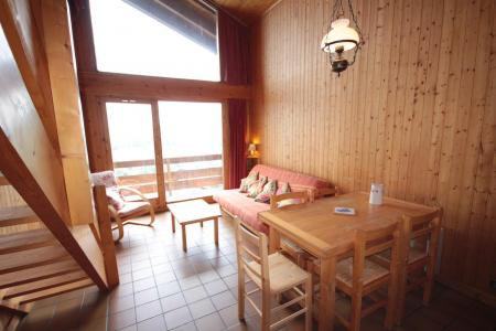 Rent in ski resort 2 room mezzanine apartment 7 people (016) - Résidence le Glacier B - Les Saisies