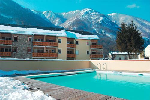 Location au ski Residence Lagrange Les Pics D'aran - Luchon-Superbagneres - Extérieur hiver
