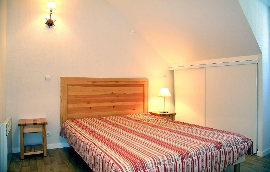 Rent in ski resort Résidence Illixon - Luchon-Superbagnères - Bedroom