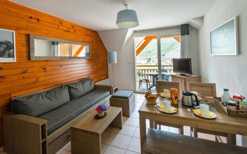 Location au ski Résidence Lagrange le Belvédère - Luchon-Superbagnères - Séjour