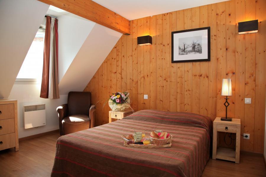 Rent in ski resort 3 room duplex apartment cabin 8 people - Résidence Domaine du Val de Roland - Luz Ardiden - Double bed