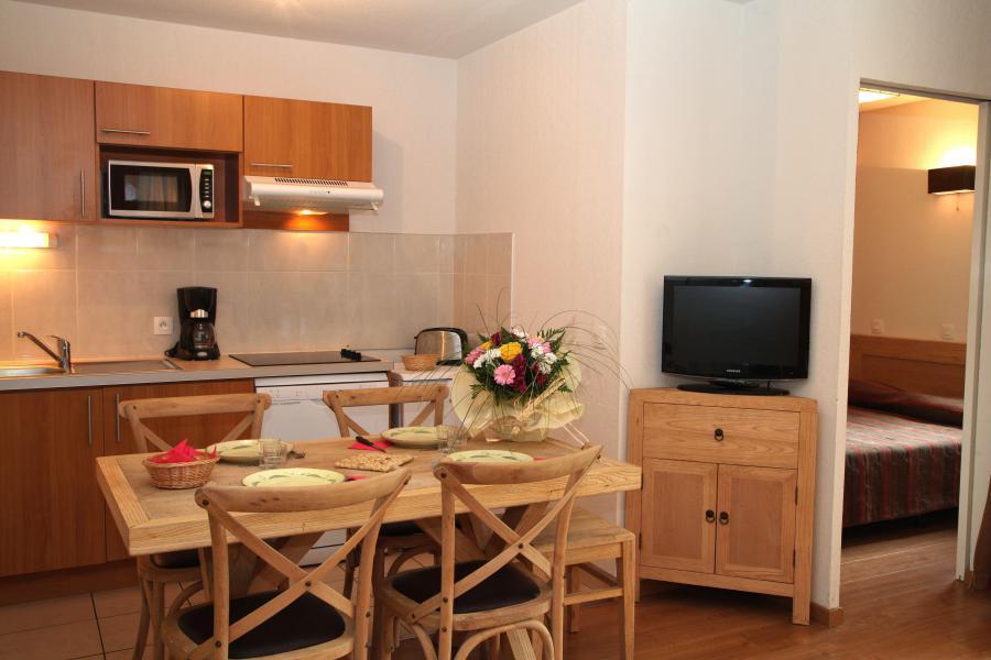 Wynajem na narty Apartament 3 pokojowy 6 osób (Komfort) - Résidence Domaine du Val de Roland - Luz Ardiden - Pokój gościnny