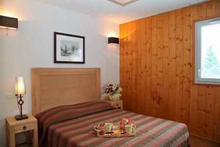 Rent in ski resort 3 room apartment 6 people (confort) - Résidence Domaine du Val de Roland - Luz Ardiden - Bedroom