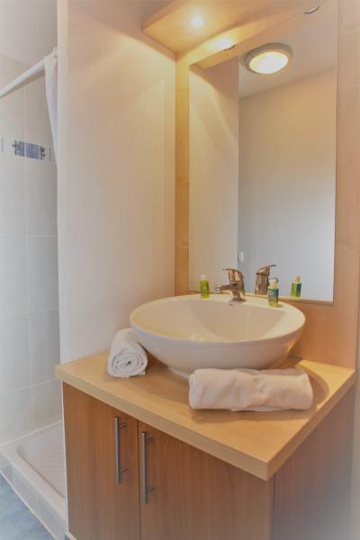 Rent in ski resort 3 room duplex apartment cabin 8 people - Résidence Domaine du Val de Roland - Luz Ardiden - Bathroom