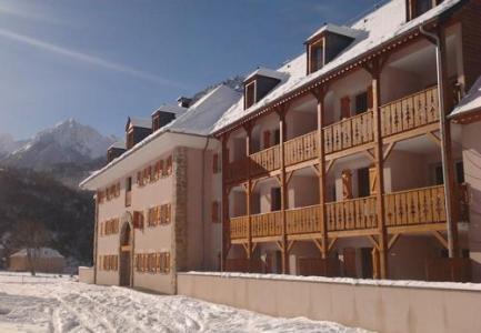 Location au ski Residence Domaine Du Val De Roland - Luz Ardiden - Extérieur hiver