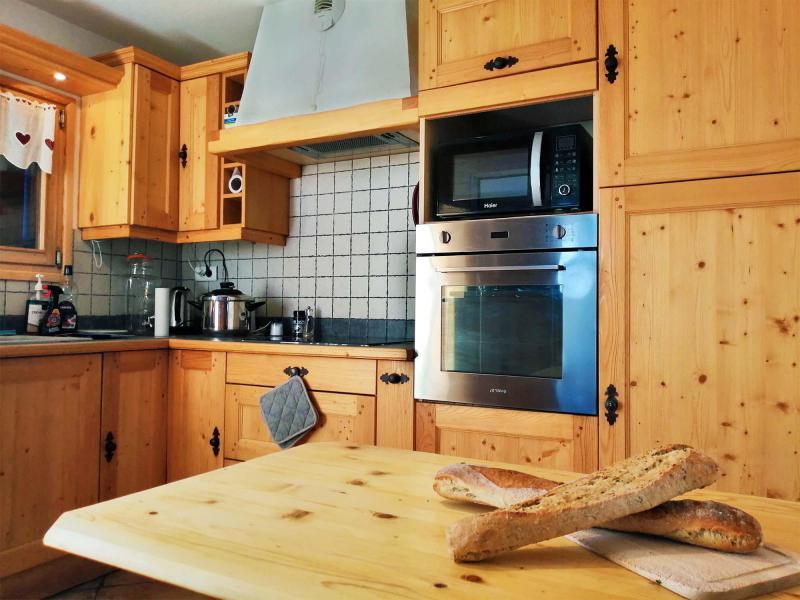 Location au ski Chalet  L'Arclusaz - Méribel-Mottaret - Cuisine